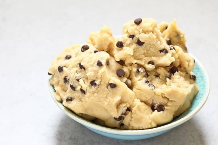 bowl of sugar free cookie dough