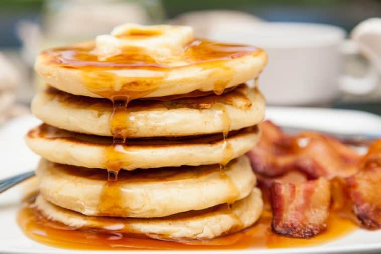 pancakes with syrup and bacon