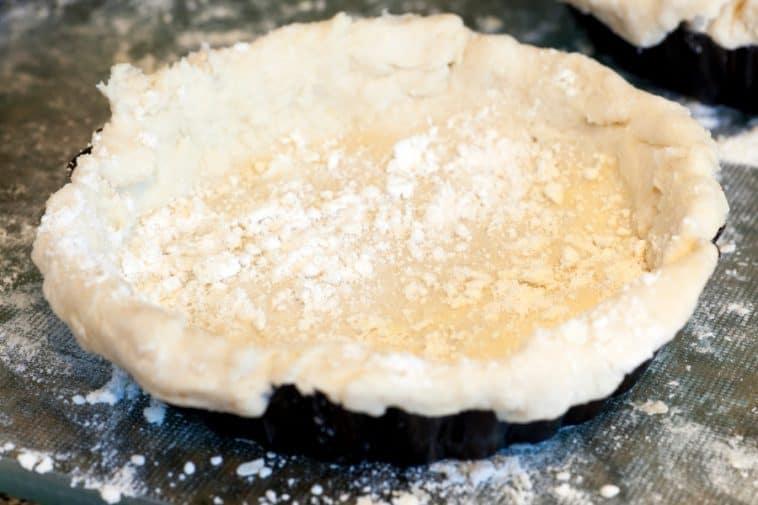 pie crust in pan