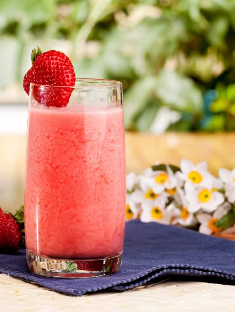 strawberry fruit smoothie made in food processor