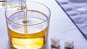 trimoline invert sugar poured into glass