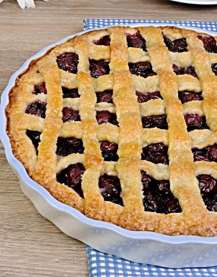 cherry pie in pie pan