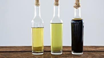 cleat bottles of balsamic vinegar and oil