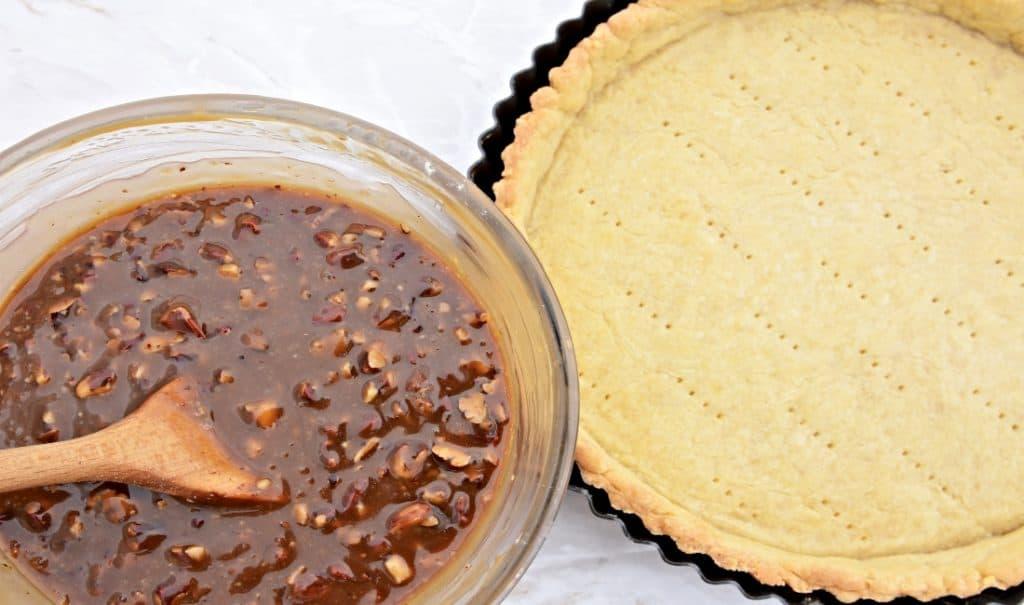 pie crust and pecan pie filling