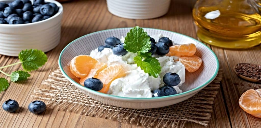 quark and cottage cheese with fruit